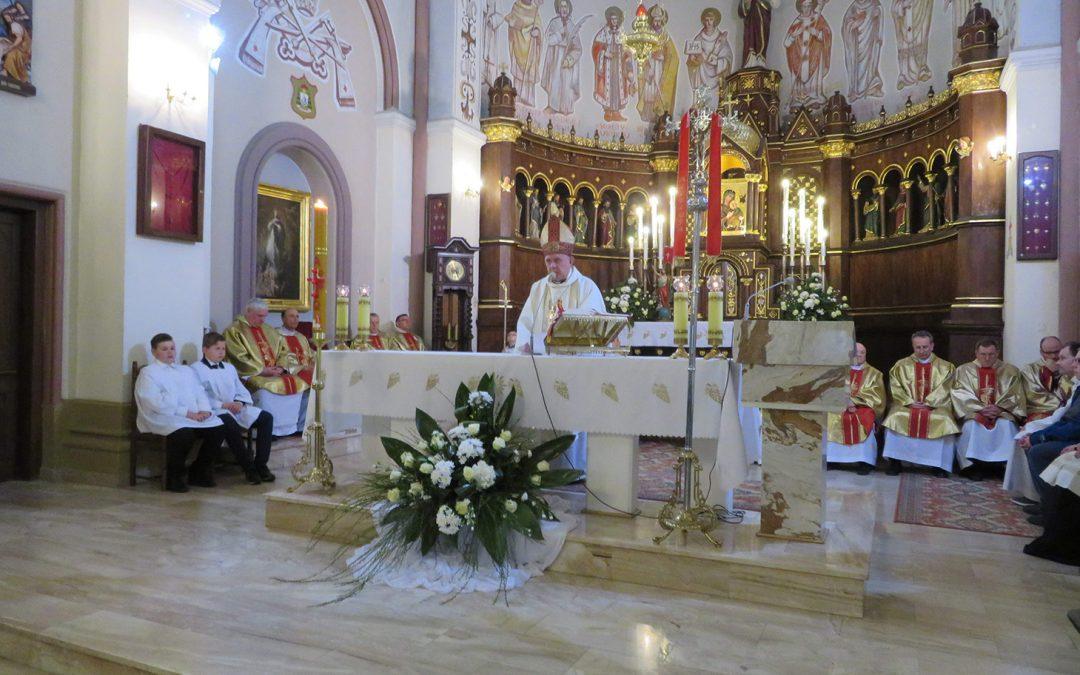 Diecezjalna pielgrzymka do grobu Wandy Malczewskiej w Parznie